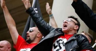 142708-neo-nazis-saluting