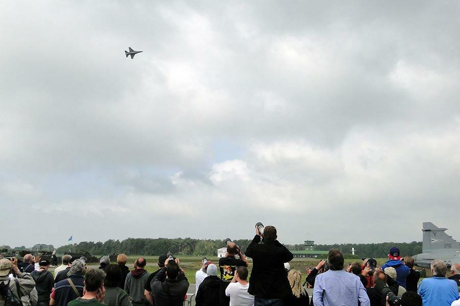 2014-09-17-demoteamzeus_belgianairforcedays_03