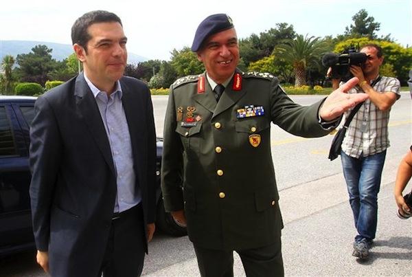 oi-deksies-kubistiseis-tsipra-sunexistikan-sto-pentagono