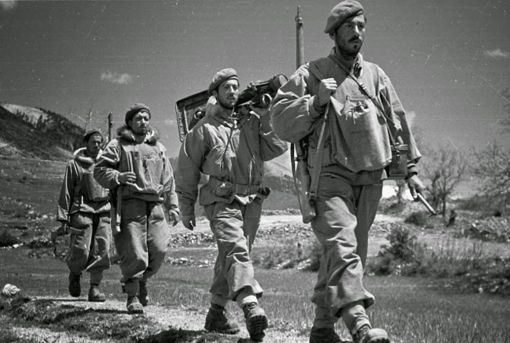 The SAS Greek Civil War.pdf - Adobe Reader