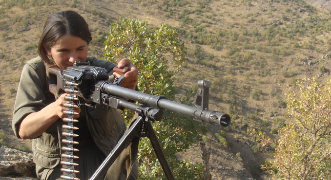 pkk-female-fighter02-678x370