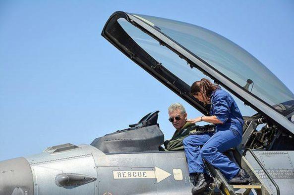 Στη 130 Σμηναρχία Μάχης της Λήμνου… Με μαχητικό F-16C/D Block 52 + ο Α/ΓΕΑ! (video)