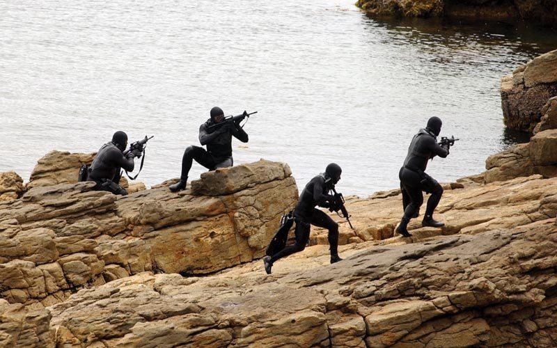 Συνεκπαίδευση των Ειδικών Μονάδων της «ΔΔΕΕ» και των U.S. Navy SEALS στο «ΚΕΝΑΠ» της Σούδας!