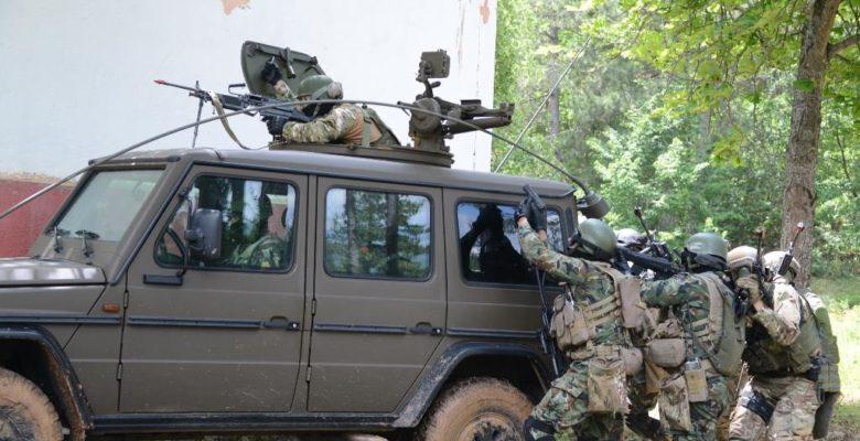 Οι Άνδρες της Ζ' ΜΑΚ εντυπωσίασαν & τους Βαλκάνιους Καταδρομείς ! (video)