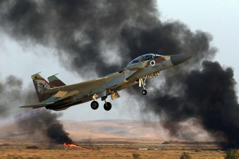 Israel Air Force F-15i Ra'am fly at a Graduation ceremony for Israeli Air Force soldiers who have completed the IAF Flight Course, at the Hatzerim Air Base in the Negev desert. June 28, 2016. Photo by Ofer Zidon/Flash90 *** Local Caption *** ???? ??? ????? ??? ?????? ???? ??? ??-15