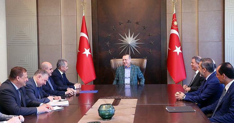 752x395-cumhurbaskani-erdogan-rusya-savunma-bakani-soyguyu-kabul-etti-1499002302280