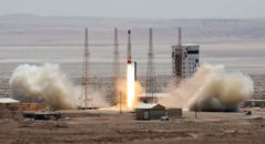 iran-missile-launch-gty-jef-170727_31x13_992