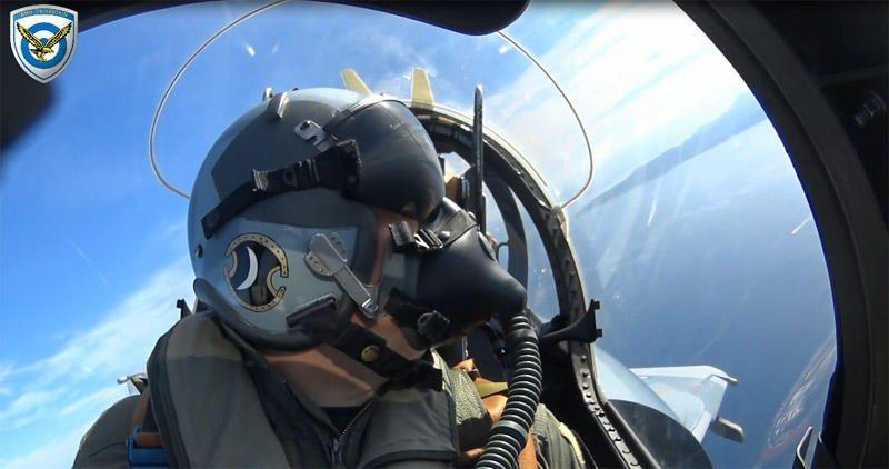 Δείτε τα Γεράκια της ΠΑ εν δράσει!! …»HELLENIC AIR FORCE» Beyond The Skies! (Video)