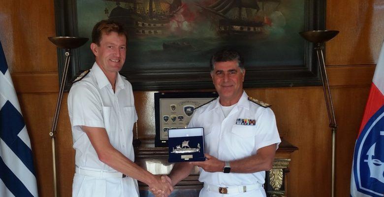 Συνάντηση του Α/ΓΕΝ με τον Διοικητή της SNMG-2 Commodore James Morley