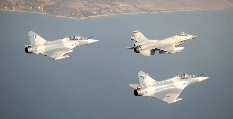 Νέο δόγμα στην Πολεμική Αεροπορία …Ετοιμάζετ αι Πανίσχυρη Δυναμη Κρούσεως! (vid)