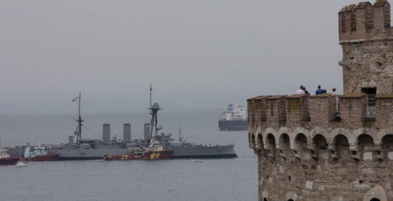 Με το «Μακεδονία Ξακουστή»…Υποδέχθηκε η Θεσσαλονίκη το Θ/Κ ΑΒΕΡΩΘ !(video)