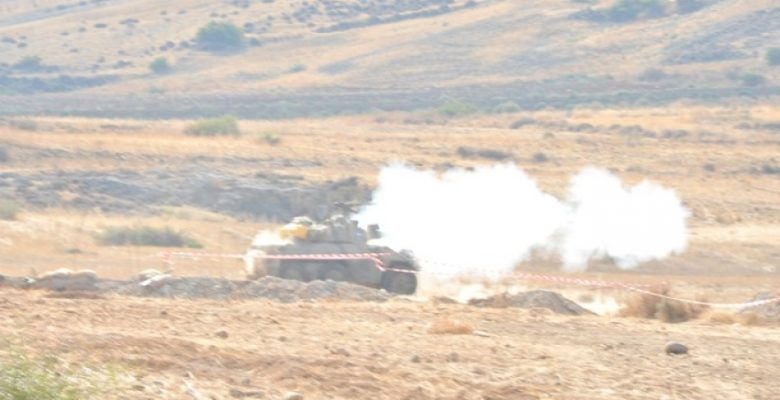 Αντεπίθεση των Κυπριακών Δυνάμεων για την εξάλειψη Αεροπρογεφυρώματος ! (ΤΑΜΣ ΑΣΤΡΑΠΗ)