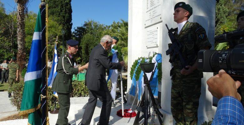 Δέος μπροστά στον Ζωντανό Θρύλο του Στρατού μας …Τον Ιερολοχίτη Στρατηγό Κωσταντίνο Κόρκα!