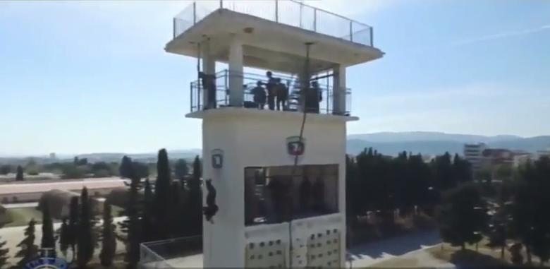 Δημήτρης & Βάγια …Το ζεύγος των Πεζοναυτών που προκαλεί Δέος ! ( Video)