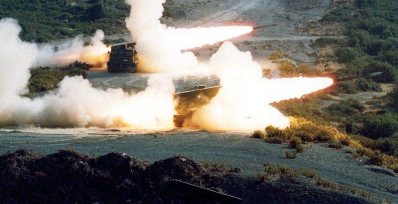 Απο το πρωί Μονάδες της (ΧΙΙ) της Μηχανοκίνητης Μεραρχίας Πεζικού… Βαράνε με όλα τα διαθέσιμα όπλα στο θαλάσσιο του Π.Β των «ΠΕΤΡΩΤΩΝ»