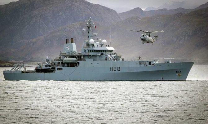 Τα πολεμικά της «SNMCMG 2 «κατέπλευσαν στο Λιμάνι του Πειραιά! (Video)