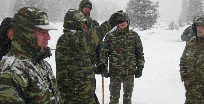 Εν μέσω χιονοθύελλας οι Έφεδροι στον Καταυλισμό της ΣΜΥ …στη Νότια.Πίνδο