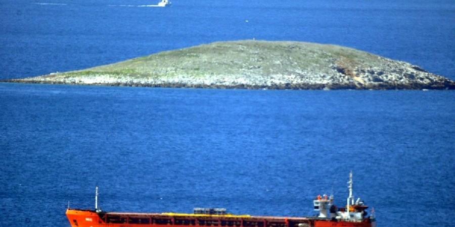 Τούρκικα ΜΜΕ: Ένταση στα  Ίμια …δίπλα -δίπλα τα Σκάφη(video) 1