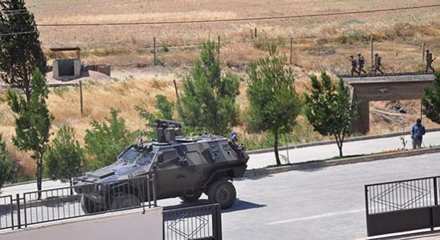 Στρατηγός Κωσταράκος: Να χτιστεί τοίχος στα Σύνορα 2