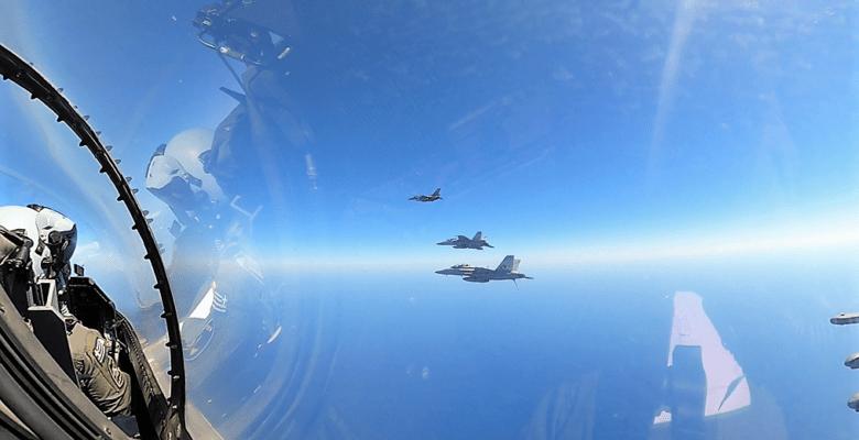 Συνεκπαίδευση του Π.Ν και της Π.Α με δυνάμεις του αεροπλανοφόρου USS DWIGHT D. EISENHOWER (Εντυπωσιακές εικόνες )